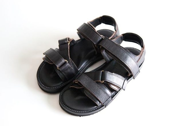 "WHEEL ROBE "" WANDERING SANDALS """